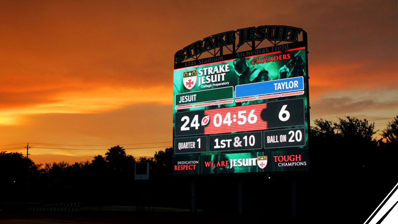 How-Strake-Jesuit-Upgraded-the-Fan-Experience-of-Every-Sport-They-Offer-Blog-THumbnail